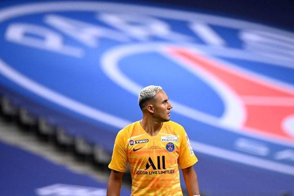 """Selon """"L'Equipe"""", le gardien du PSG Keylor Navas fait partie des trois nouveaux cas positifs au coronavirus (illustration)."""