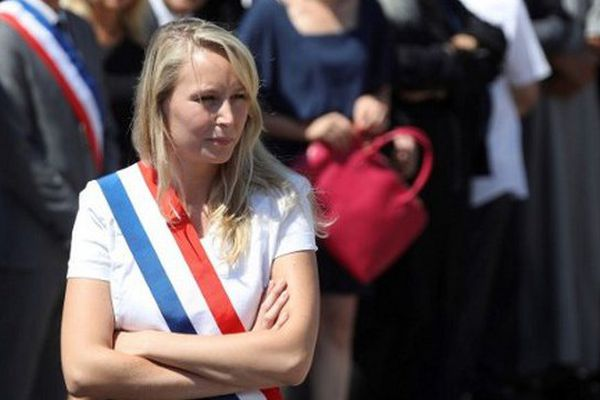 Marion Maréchal-Le Pen le 18 juillet dernier, lors de la minute de silence tenue à Nice suite à l'attentat.