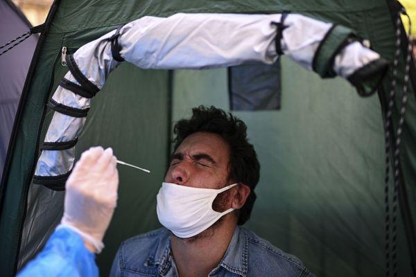 Ce mercredi 9 septembre, Santé Publique France classe le département de l'Aude en zone de circulation active du virus.