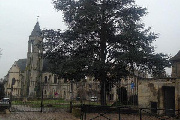 Lycée Saint-Vincent à Senlis