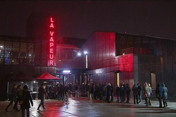A la suite de sa rénovation, La Vapeur a rouvert ses portes en février 2018.