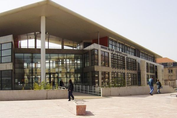 Béziers (Hérault) - Les enseignements du DUT Carrières Sociales se déroulent sur le site de Béziers - archives.