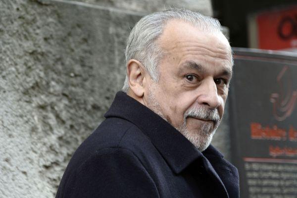 Francis Perrin interprète le rôle du juge Mongeville sur France 3