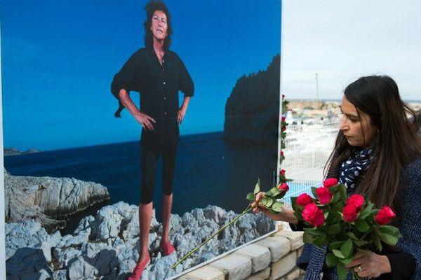 Lors de l'hommage rendu à Marseille le 14 mars.