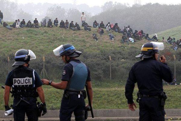 Le Syndicat général de la Police-Force Ouvrière (SGP-FO) s'avoue débordé par la situation des migrants à Calais