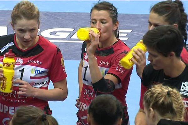 Les handballeuses bisontines peuvent être satisfaites de leur match d'hier soir : 34 partout face au leader Metz