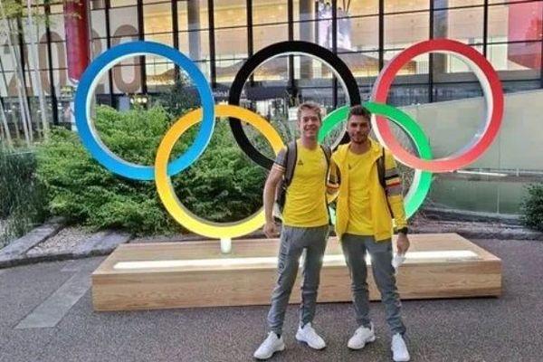 Jens Schuermans et Arnaud Cannau de Creuse oxygène au moment de leur arrivée à Tokyo