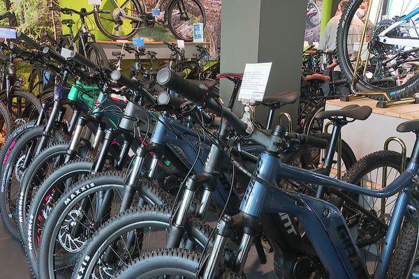 À cause de la crise sanitaire, les vendeurs de vélo doivent composer avec des délais de réapprovisionnement importants