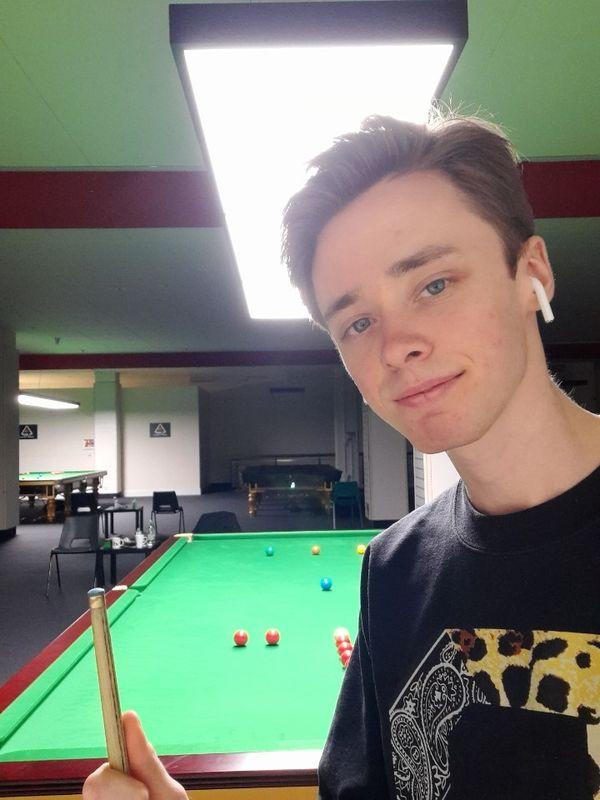 Brian Ochoiski s'entraine à la Ding Junhui Snooker Academy à Sheffield (Angleterre).