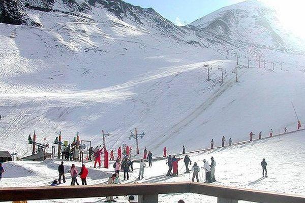 La régie des sports d'hiver de Luz-Ardiden gère le domaine de ski depuis 1974.