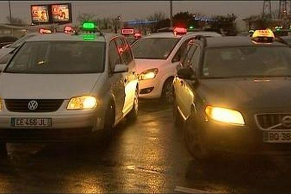 Manifestation des taxis rochelais ce matin