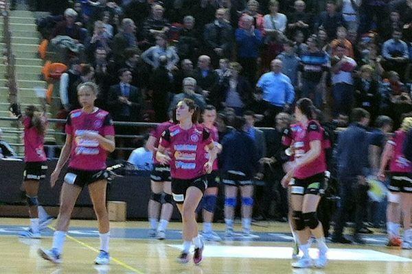 Les dijonnaises du Cercle avaient pour mission la victoire face à Issy Paris, au Palais des Sports de Dijon
