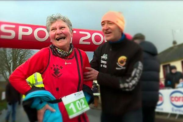 A 84 ans, elle a couru 5 kms en 37'20''.
