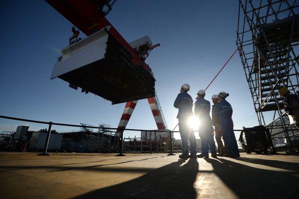 La construction d'un paquebot de croisière aux Chantiers de l'Atlantique à Saint-Nazaire