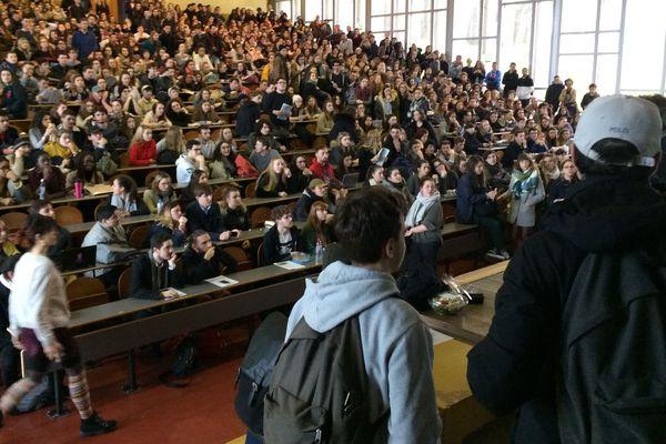 Les étudiants de la fac de Nantes, le 27 mars 2018