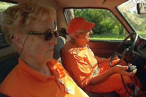 Saint-Geniès-des-Mourgues (Hérault) - Maggy et Michel, bénévoles du comité communal des feux de forêt - juillet 2015.