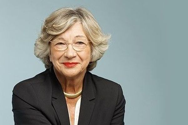 La maire sortante Catherine Flavigny est réélue maire de Mont-Saint-Aignan avec 49,98% des voix.