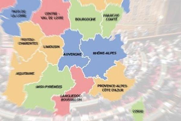 Dans la dernière mouture en date de la nouvelle carte des régions, Auvergne et Rhône-Alpes sont toujours fusionnées.