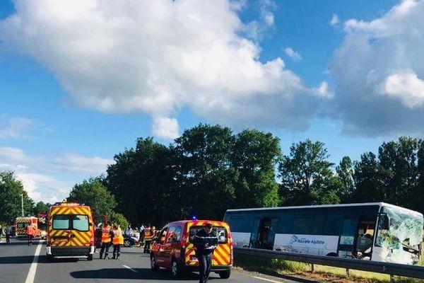Collision entre un bus scolaire et un mini-bus à Allassac en juin 2019