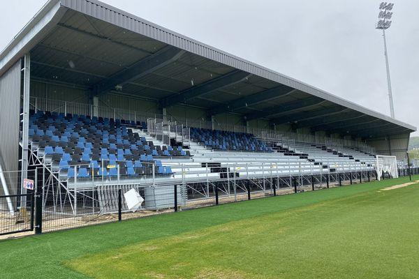 Les travaux du stade Walter Luzi, à Chambly, sont suspendus depuis le 30 avril 2021.