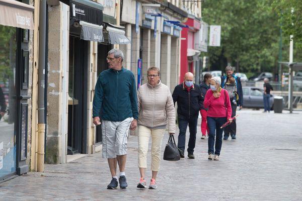 Il n'est plus obligatoire de porter un masque en extérieur en France depuis ce jeudi 17 juin