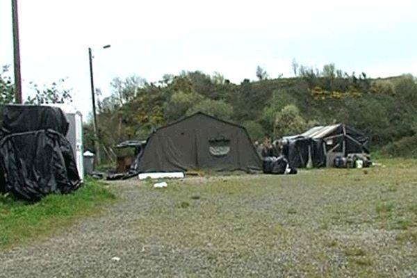 Le camp de réfugiés afghans à Cherbourg