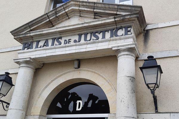 Le palais de justice de Montargis.