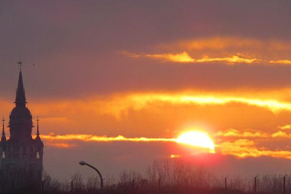 Lever du soleil à Calais le 20 janvier