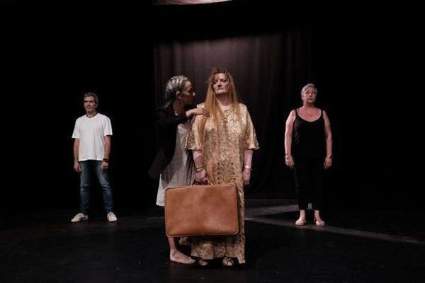 """""""Ombres et lumières"""", une précédente représentation de théâtrothérapie jouée, selon les mêmes principes, au mois de juin 2019"""