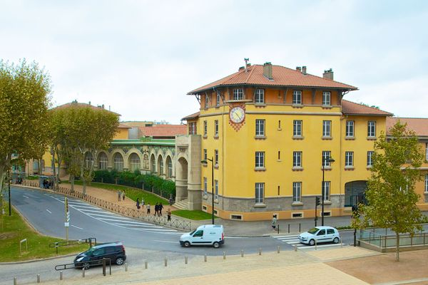 L'école Jean-Jaurès est ouverte au public lors des Journées du Patrimoine du 19 et 20 septembre 2020.