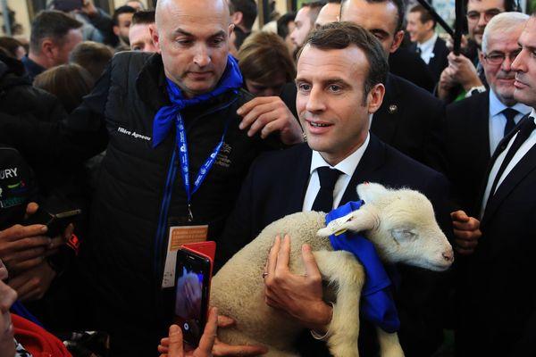 Emmanuel Macron au salon de l'agriculture en février 2019