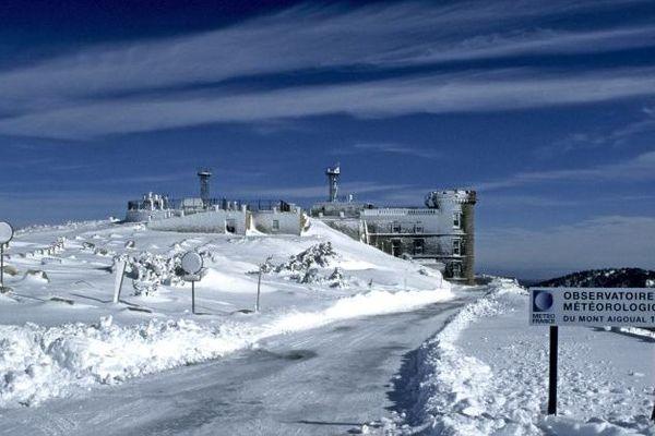 L'observatoire météo du Mont Aigoual en 2002