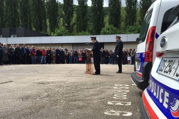 Minute de silence au commissariat de Besançon