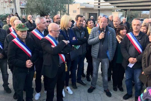 De nombreux élus étaient présents à la manifestation contre le déblocage du centre d'enfouissement de Prunelli-di-Fium'Orbu.