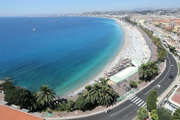 La fameuse baie des Anges à Nice.