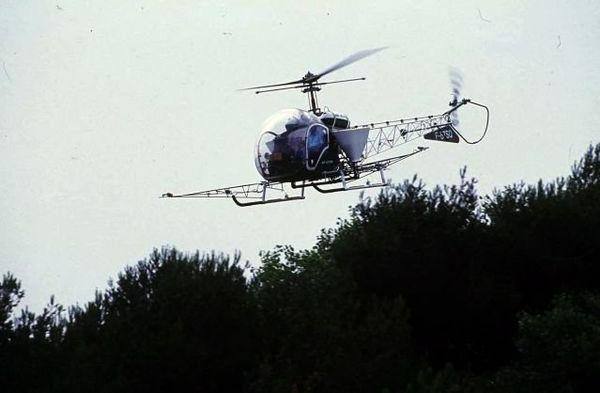 L'épandage aérien de pesticides est interdit depuis 2010 par l'Union européenne...sauf dérogation