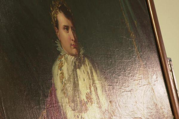 Un portrait de Napoléon de presque 3m de haut dans les archives du musée de La Roche-sur-Yon