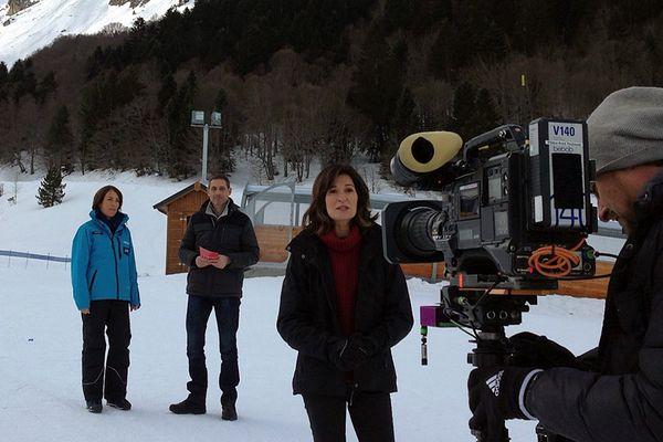 Christine Massoure, directrice-générale de N'Py, Léo Lemberton et Anne-Sophie Mandrou sur le tournage d'Enquêtes de région sur la montagne en février 2017