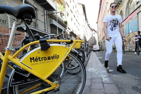 Un Métrovélo dans le quartier Notre-Dame à Grenoble. (Illustration)