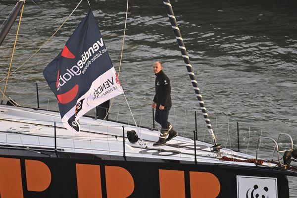 Kevin Escoffier le 8 novembre 2020 lors du départ du Vendée Globe