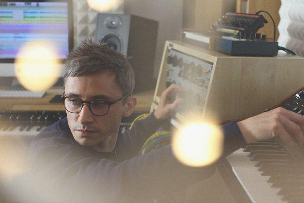 Sylvain Texier dans son studio