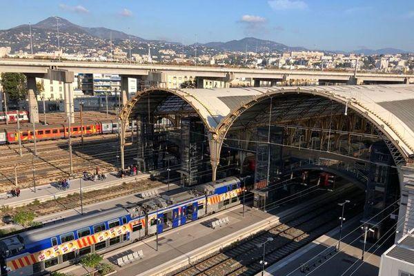 Grève à la gare de Nice.