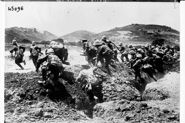 Bataille des Dardanelles en 1915 lors de la Première Guerre mondiale.
