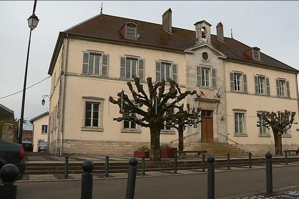 Mairie de Franois