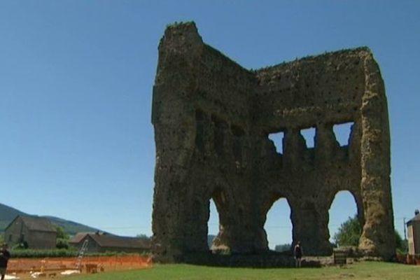 De nouvelles recherches archéologiques sont menées à la Genetoye, dans le secteur du temple de Janus, à Autun, en Saône-et-Loire