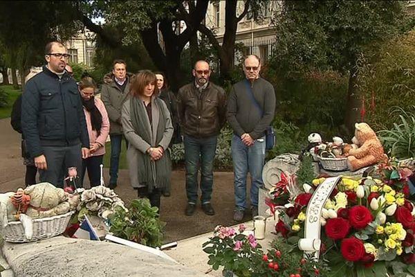 Hommage de l'association Promenade des Anges aux cinq victimes de l'attentat de Strasbourg, le 20 décembre 2018