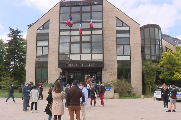 Neuilly-sur-Marne dispose de 20 bureaux de vote.