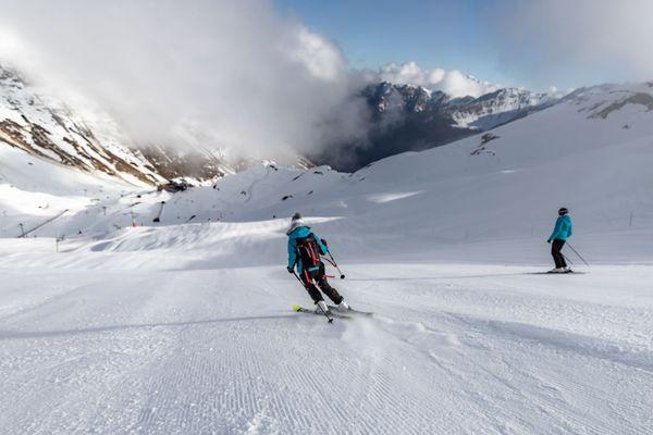 Le domaine skiable de Cauterets dans les Hautes-Pyrénées est ouvert à 80% pour le weekend de préouverture vendredi 29 novembre 2019.