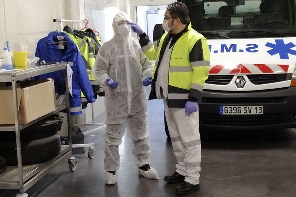 Formation des ambulanciers corréziens volontaires par le SMUR de Brive à la lutte contre le covid-19