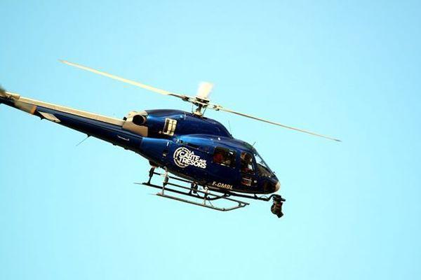 Le balai des hélicoptères de la carte aux trésors a surpris la population dans le ciel de Reims ce lundi 23 septembre